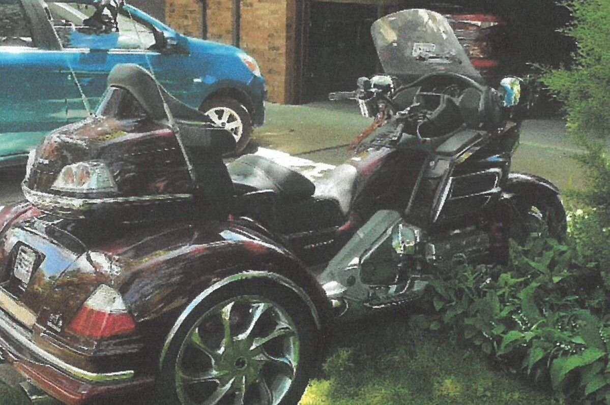 FOR SALE: 2007 Goldwing