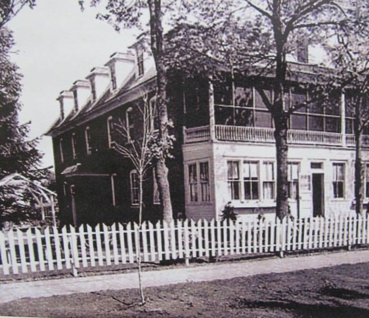 Klatts Hotel in Lester Prairie