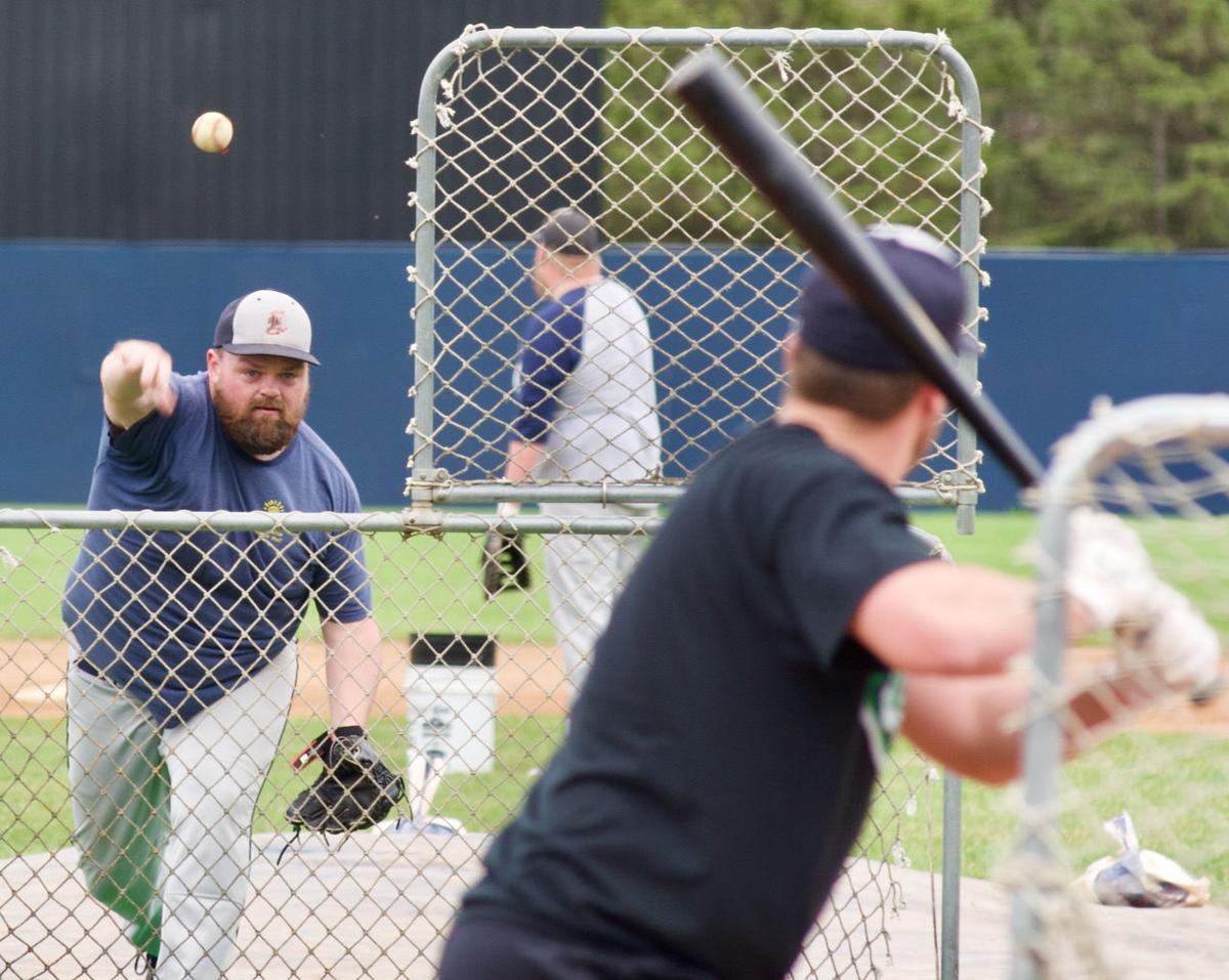 Anderson tosses batting practice