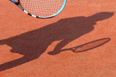 Let's play tennis (web only)