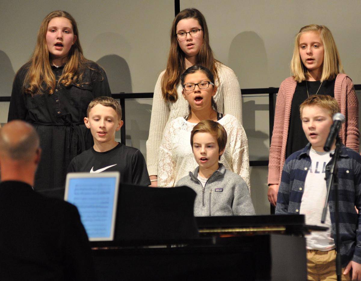 Sixth-grade choir sings
