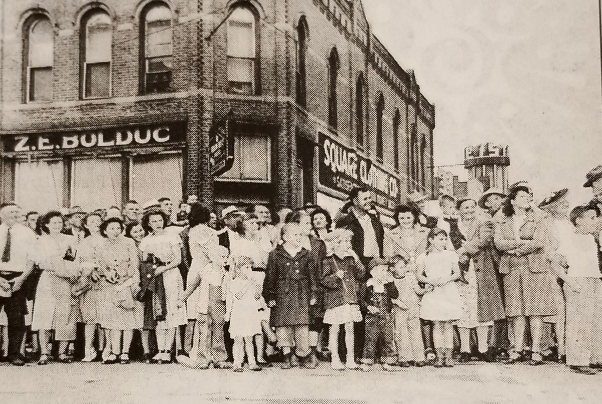 1940s Grande Day Parade