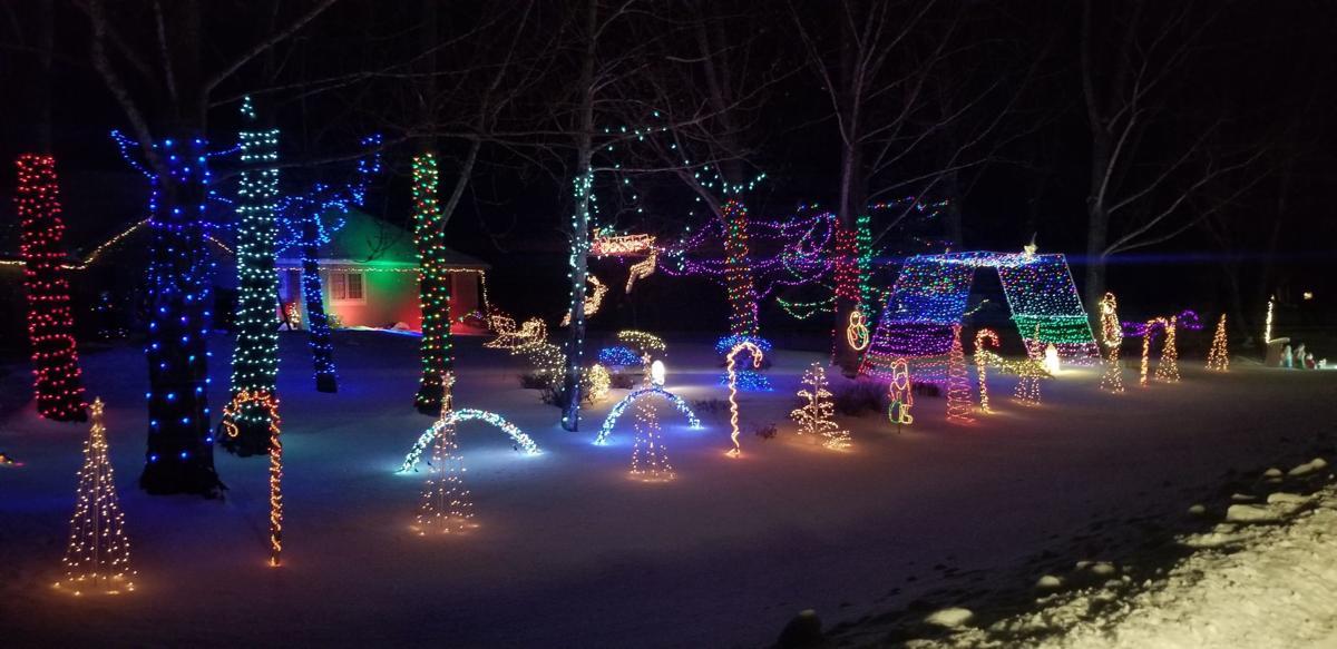 Hutchinson Christmas Light Map 2020 Light up the night: Hutchinson outdoor holiday lighting displays