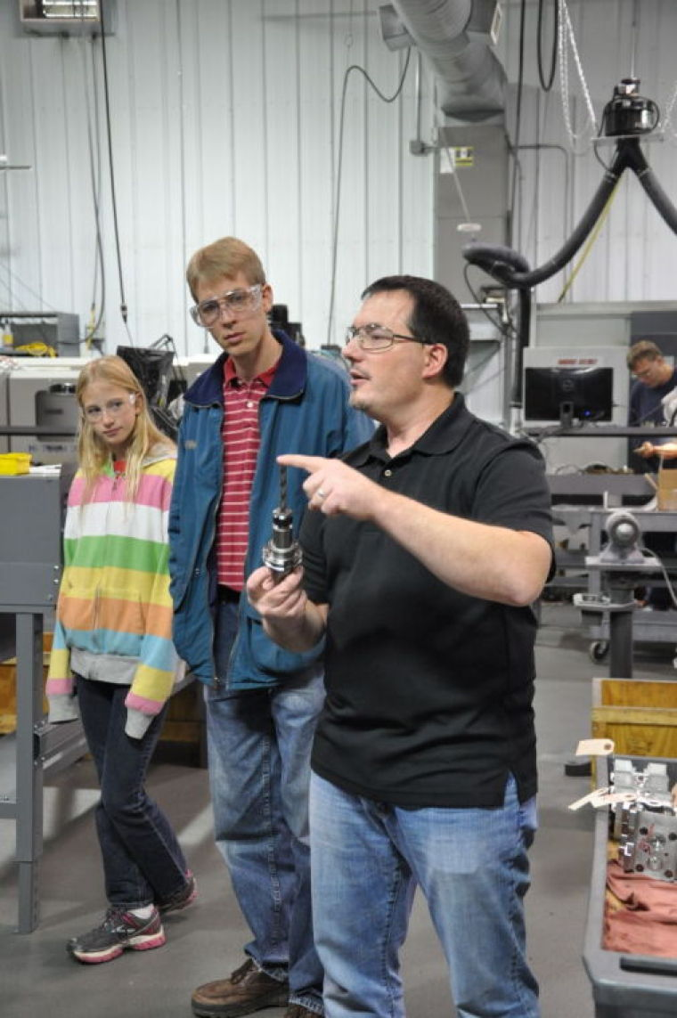 Made in McLeod tour stops at RD Machine Inc.