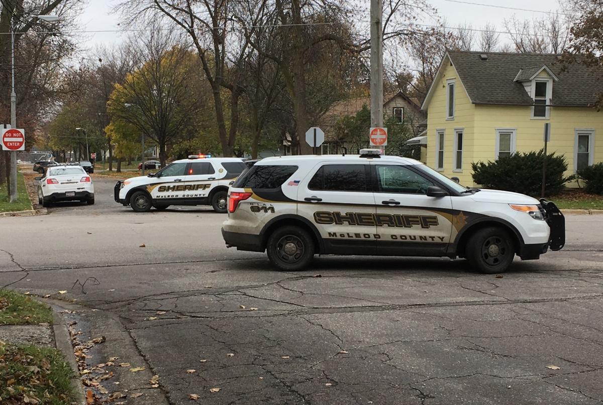 Armed standoff closes portions of three Glencoe streets ...