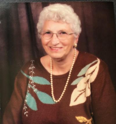 Leona Heinecke, 83