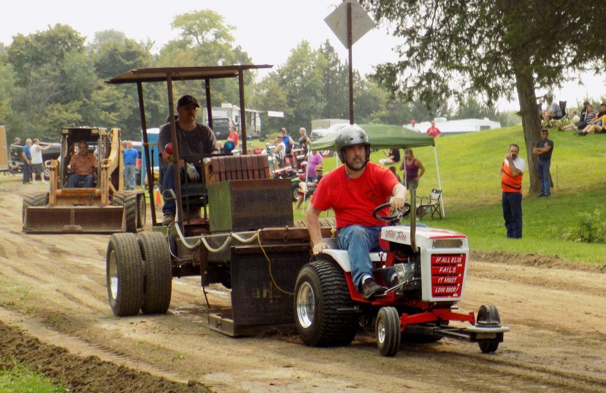 12 Classes Compete In Garden Tractor Pull At Gopher Campfire
