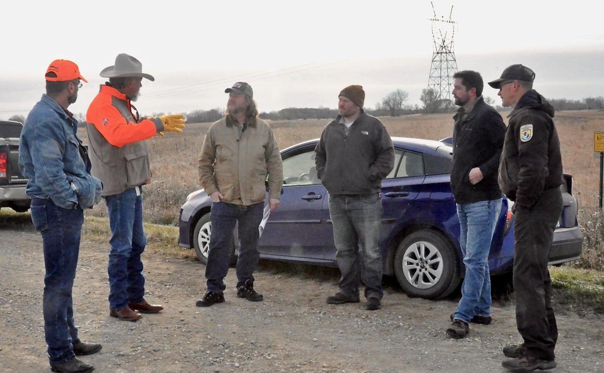 Dirt road meeting