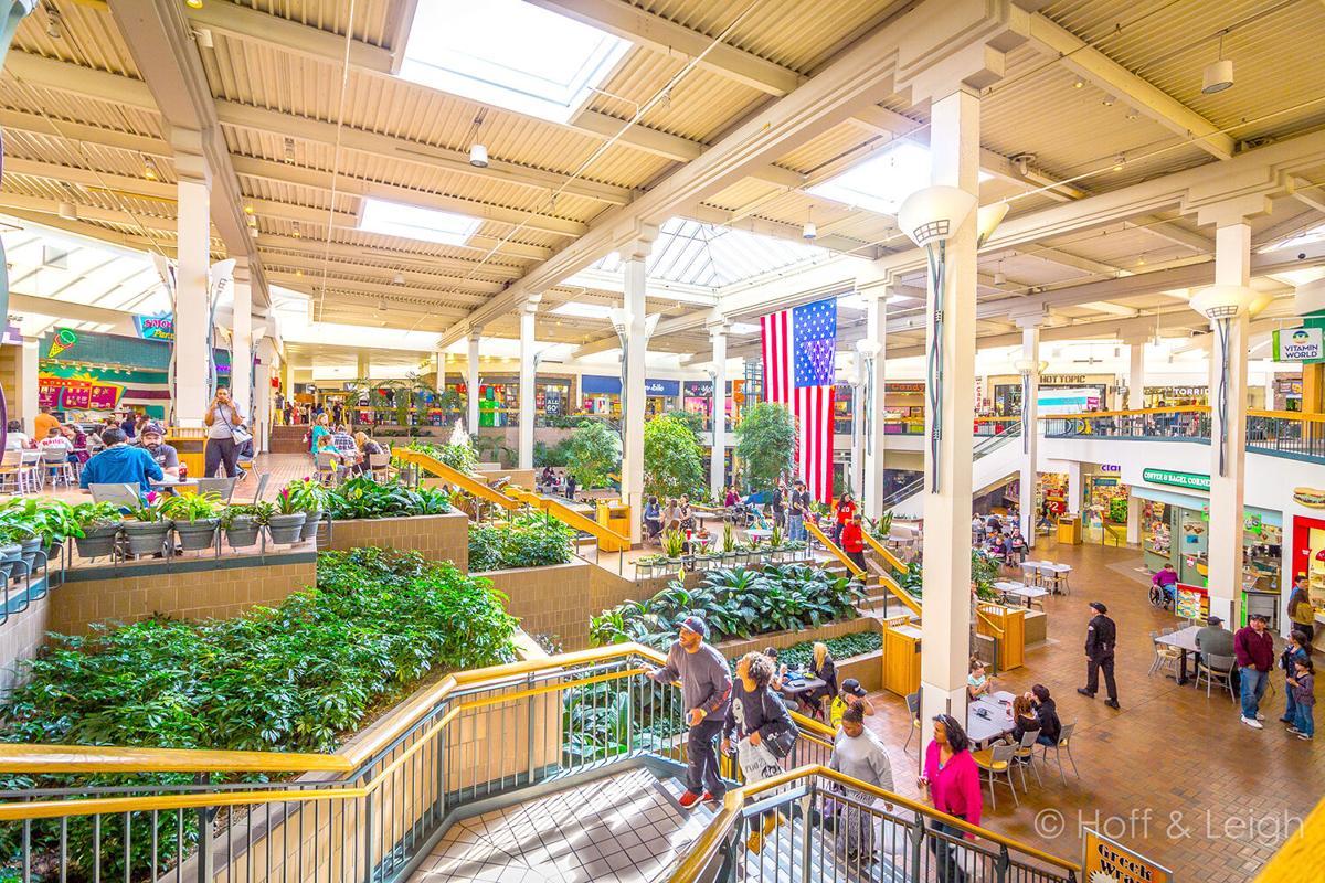 Mall1-2.jpg
