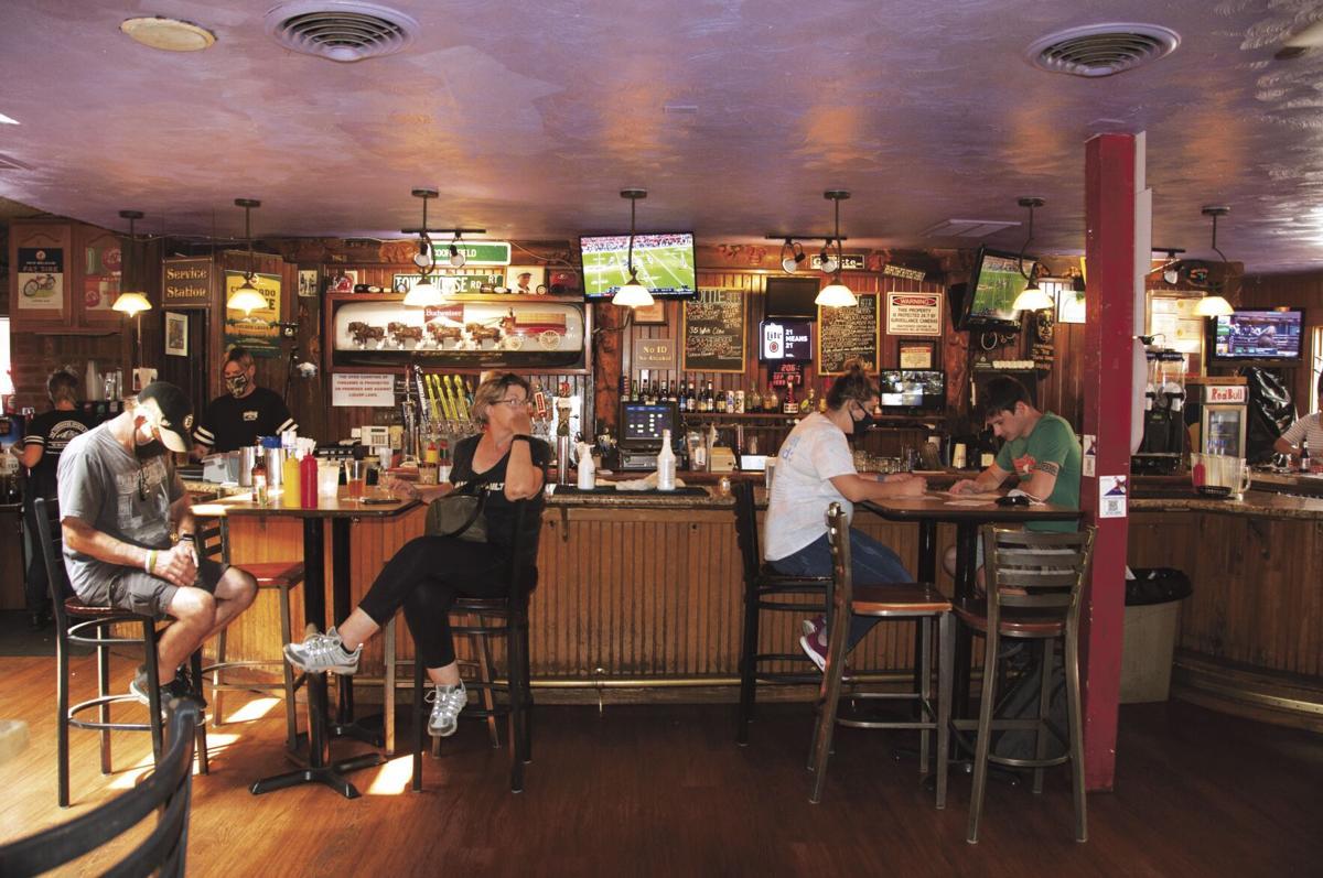 0911 Sports bars_Jeanne Davant 1CC.jpg