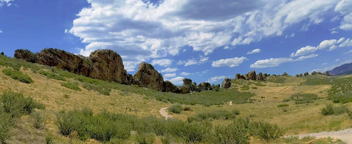 Hiking Bob: Hiking the Devil's Backbone