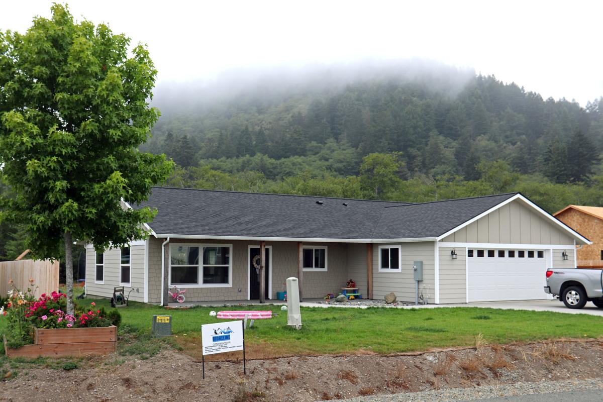 Del Norte houses 'slowed by regs'