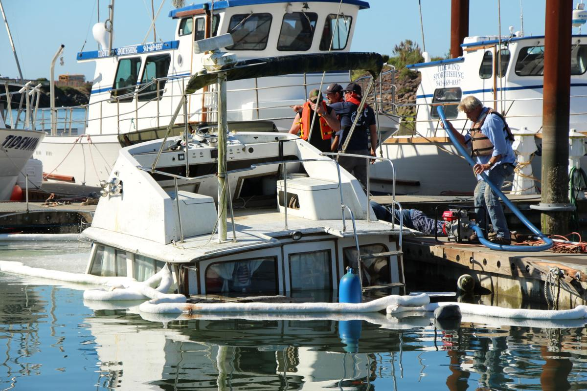 Boat Sinking PHOTO 2.JPG