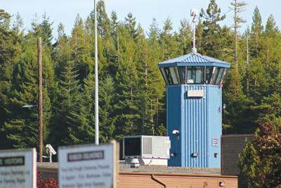 Prison says ricin found