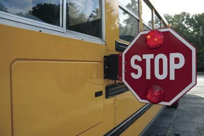 School bus.TIF