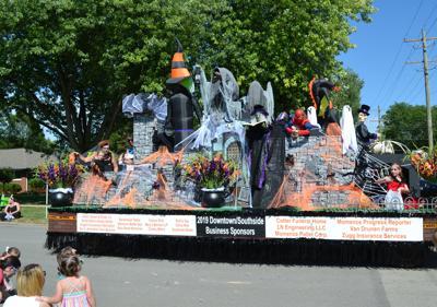 Momence Glad Fest parade (copy)