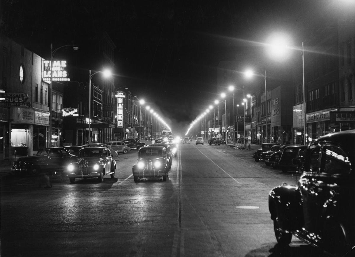 Downtown Kankakee, 1949: A Shopping Mecca