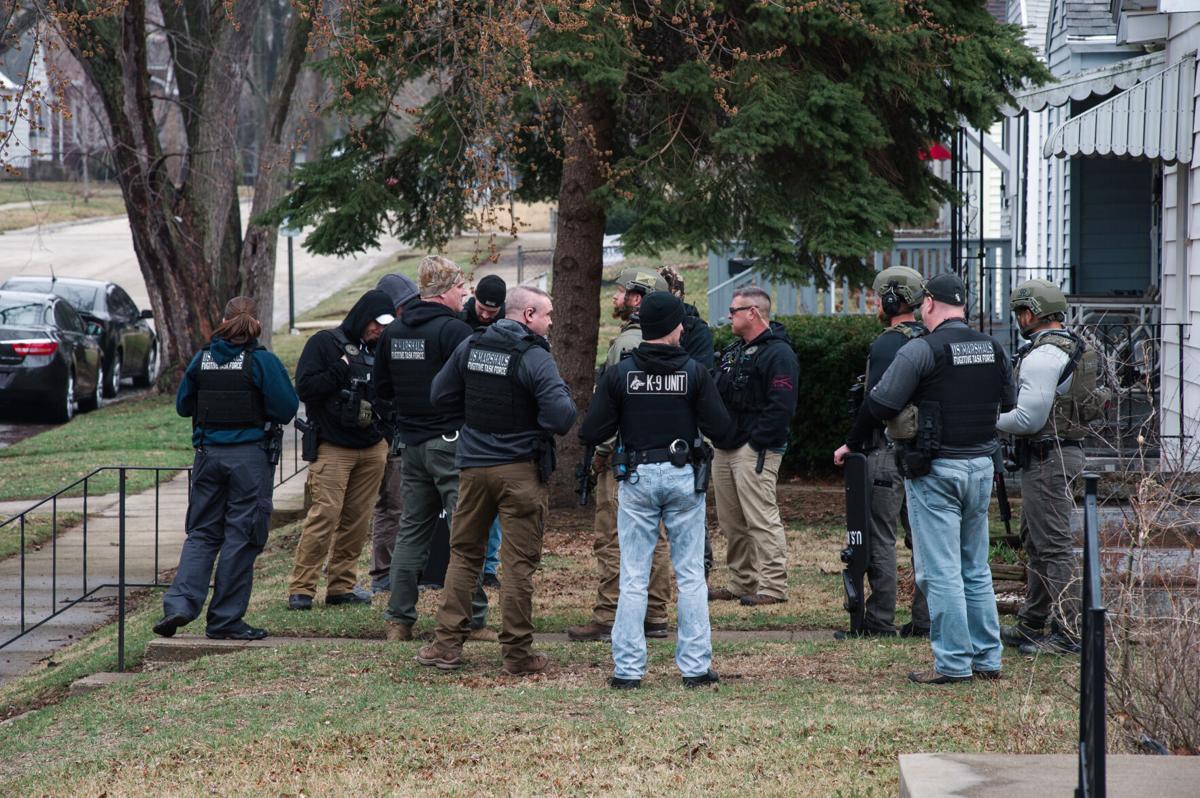 Law enforcement prepare warrant sweep in Kankakee
