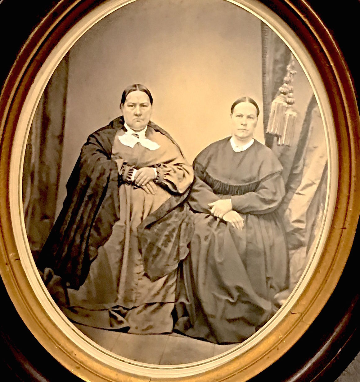 an overview of the chang and eng bunkers life siamese twins 46 books about american culture   as the only book that provides an overview of the late nineteenth  by reconsidering stoddard's life and work and her.