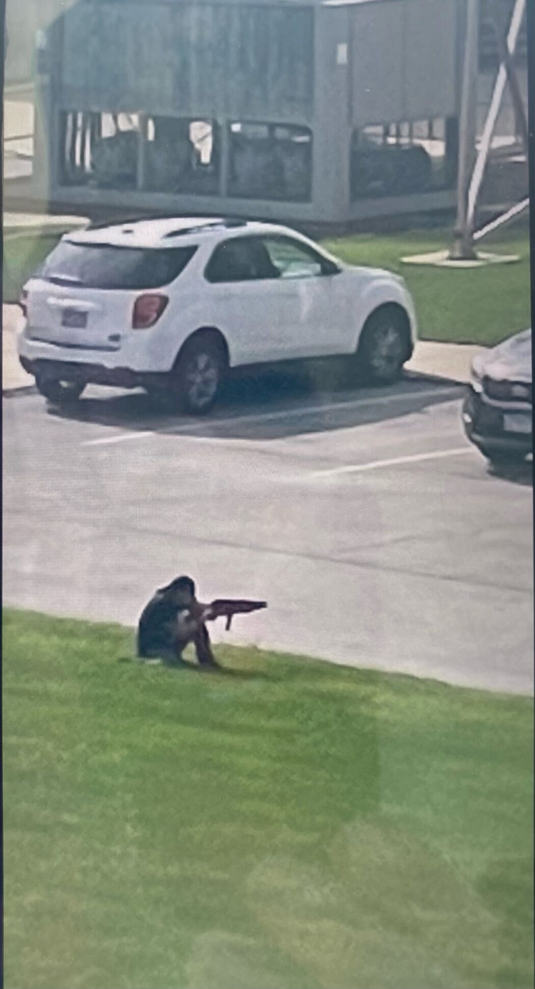 Witness snaps picture of shooter