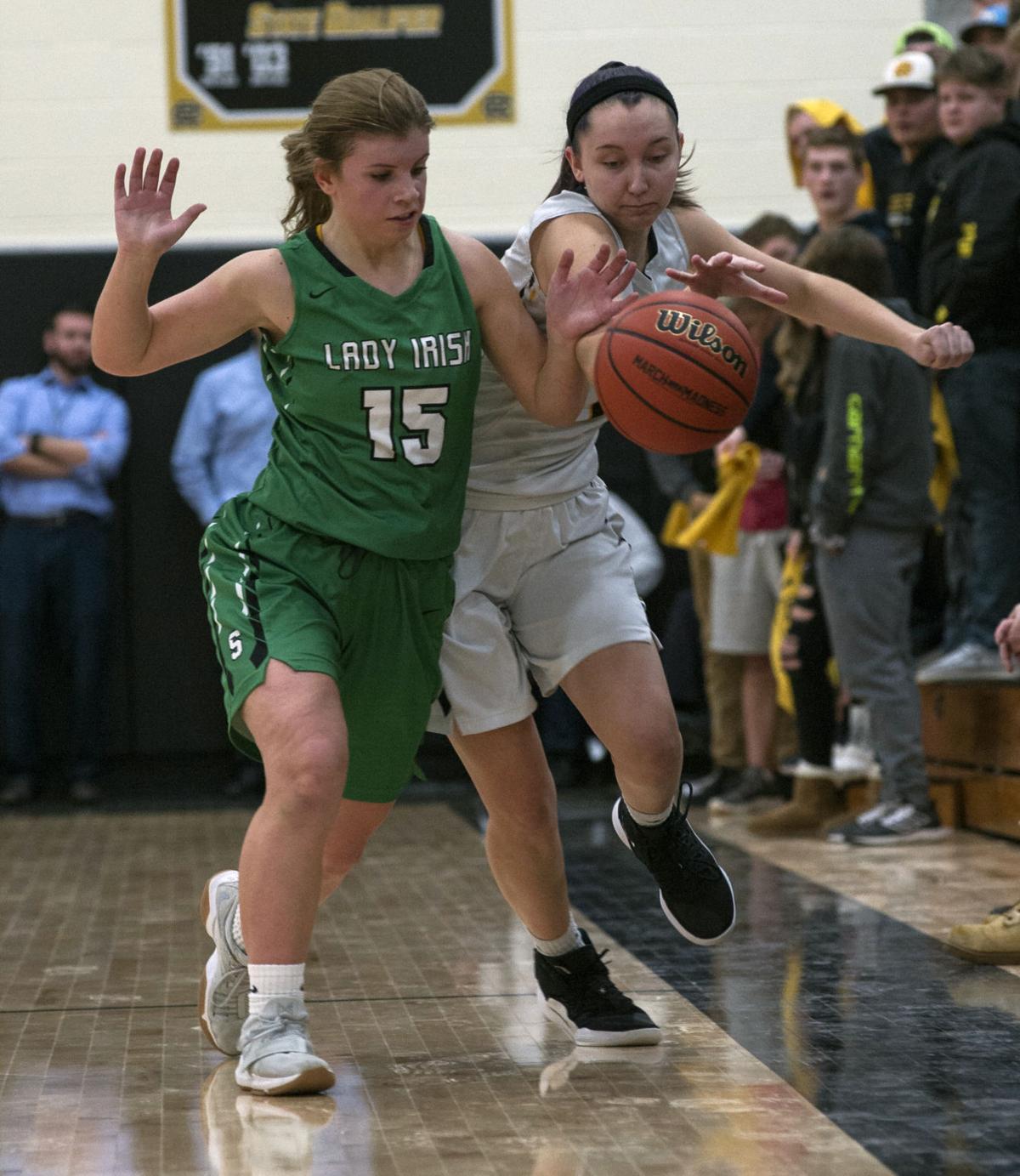 Reed-Custer/Seneca Girls Basketball