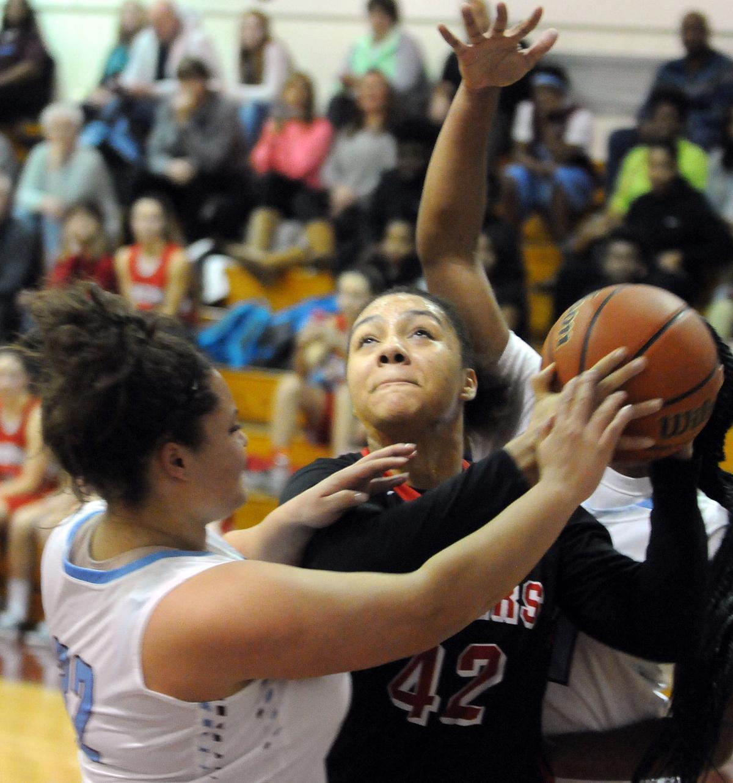 Girls High School Basketball: Elliott, BBCHS Pull Away