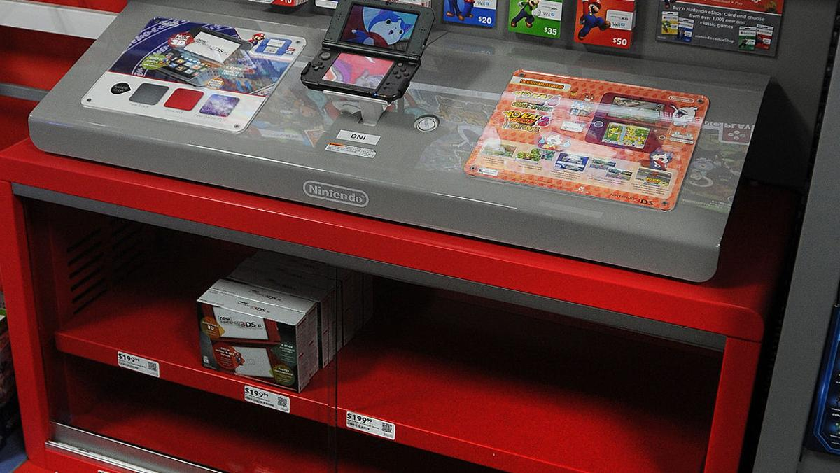 new nintendo system sells out in area stores local news daily journal com new nintendo system sells out in area