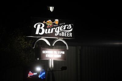 23burgersbeer1.jpg