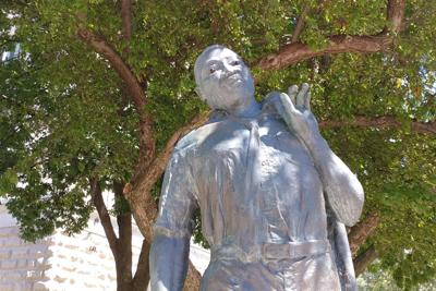 Secretary of state calls for new Martin Luther King statue on Capitol grounds