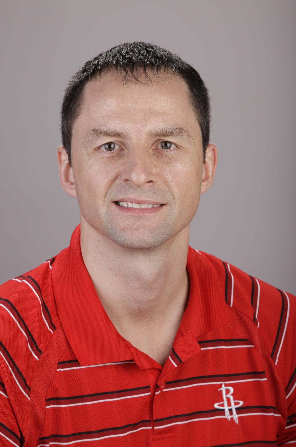 Bulls Karnisovas Basketball