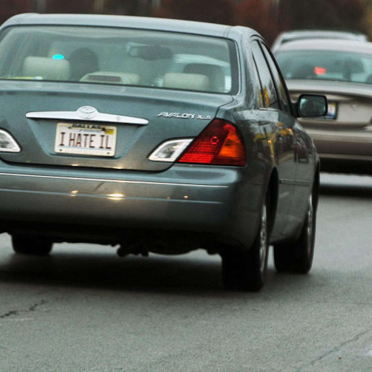 Illinois vehicles may soon require only 1 plate   Illinois