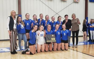 VOLLEYBALL: Milford makes history in sectional title rout