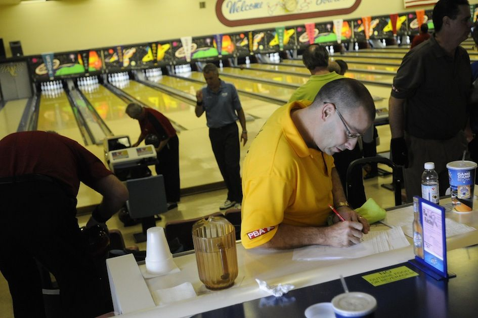 Heard it on the Street: Victory Lanes to keep on rolling | Local ...