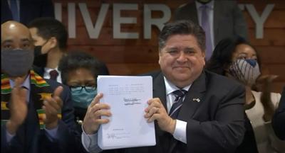 Gov. Pritzker signs criminal justice reform bill