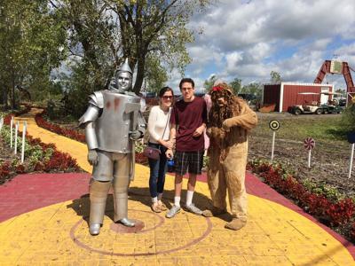 Taylor & Danny Leddin - Wizard of Oz