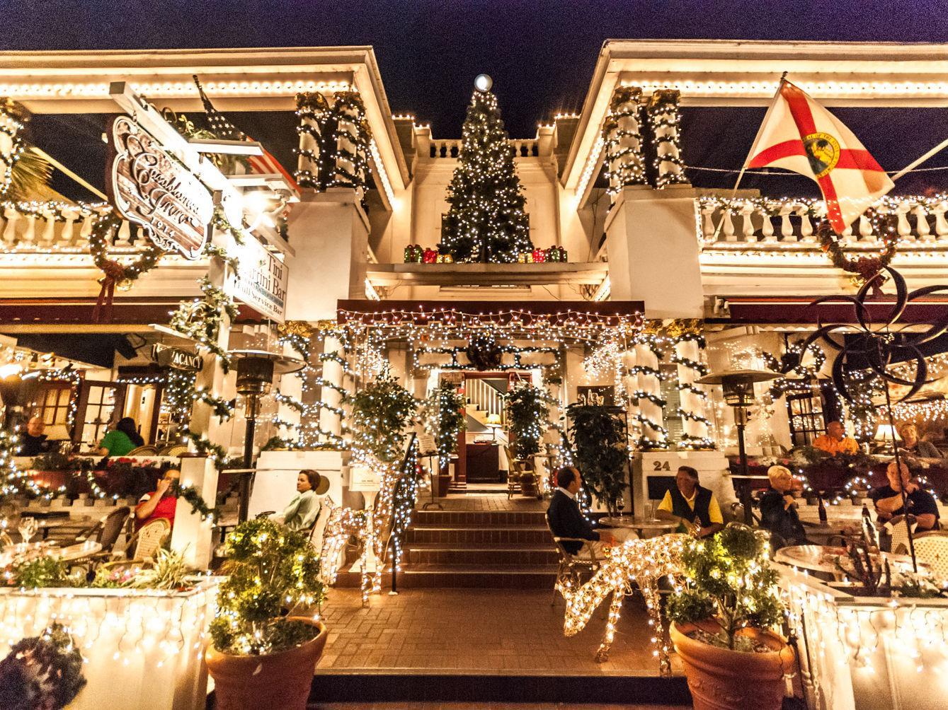 St Augustine Christmas Lights Tour 2021 Celebrate Nights Of Lights In St Augustine Travel Getaways Daily Journal Com