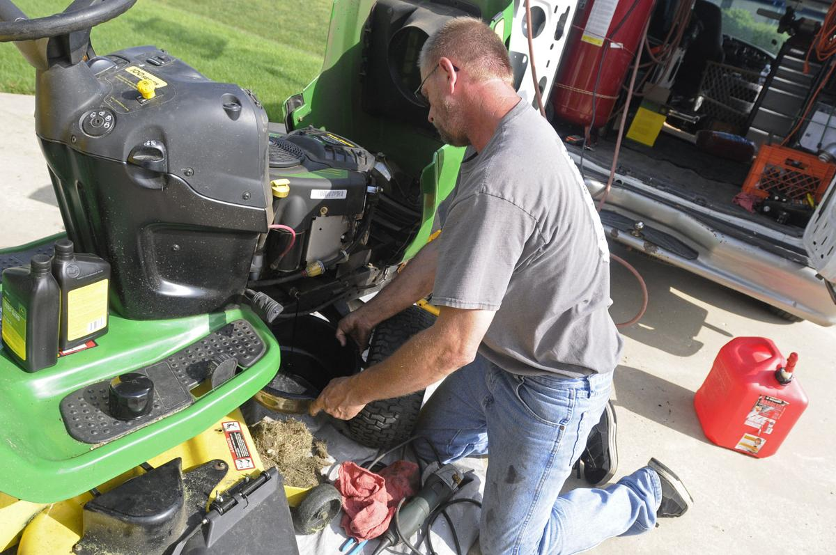 New Mower Repair Service Takes The Shop On The Road