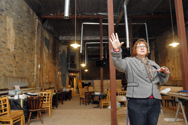 New life on horizon for 92-year-old Momence Theater | Local