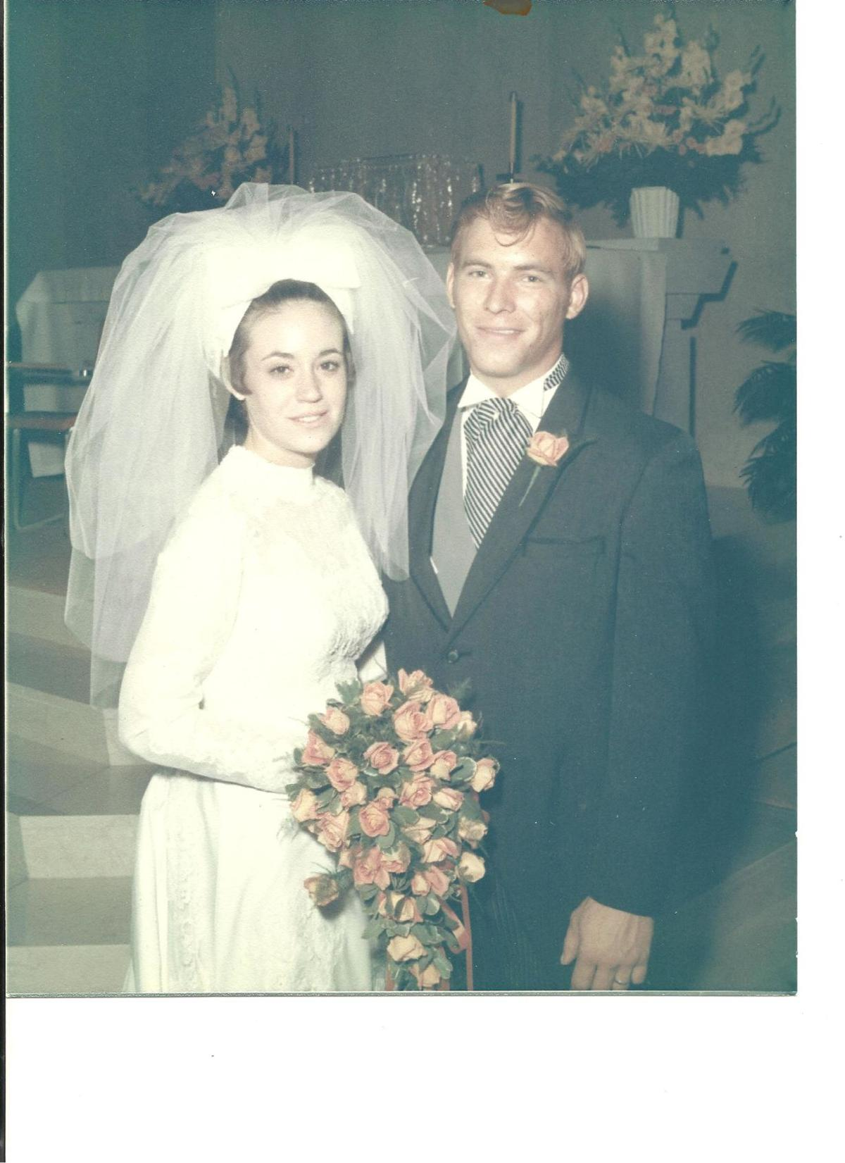 Paula & Howard Wischnowski.jpg