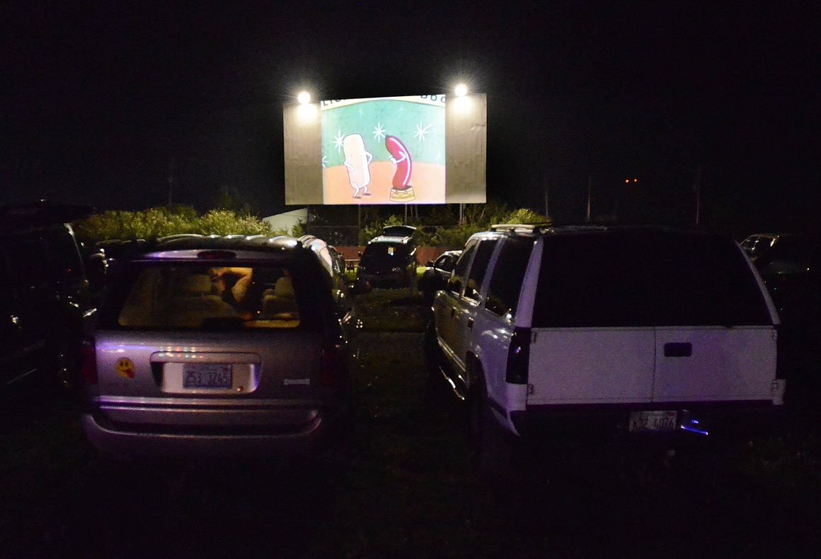 Drive In Movies Are Alive And Well In Gibson City Local News Daily Journal Com