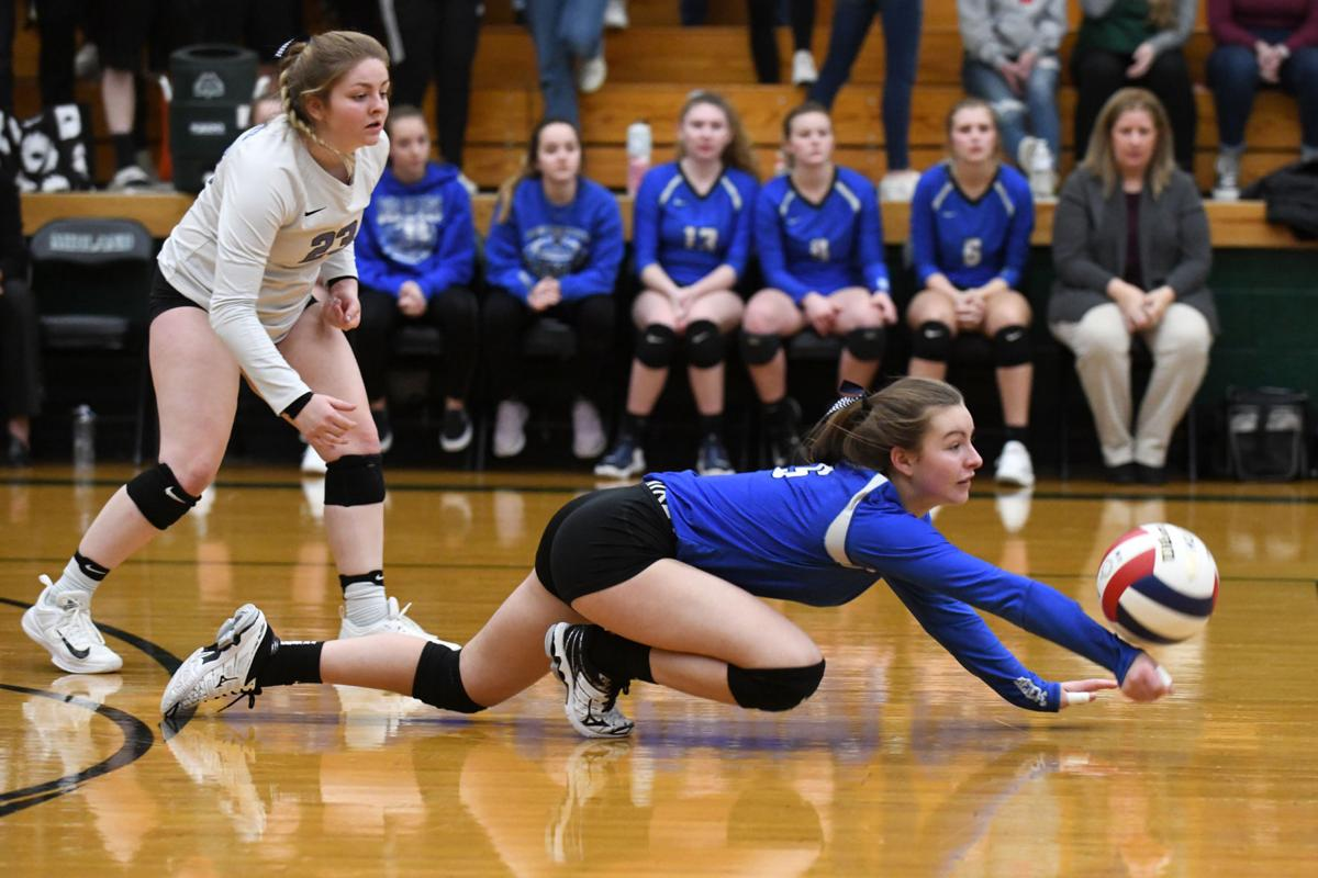 Class 1A Varna Super-Sectional Volleyball: Milford vs. Illini Bluffs