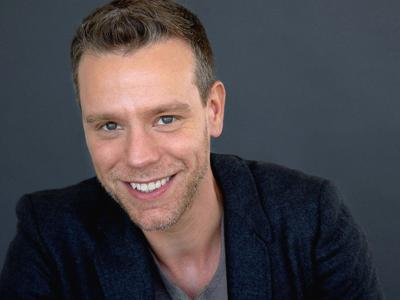 Broadway's Adam Pascal comes to the Coal City Performing Arts Center for a special performance