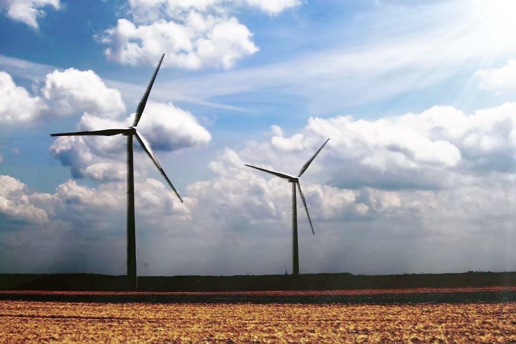 Winds blow strong toward renewable energy