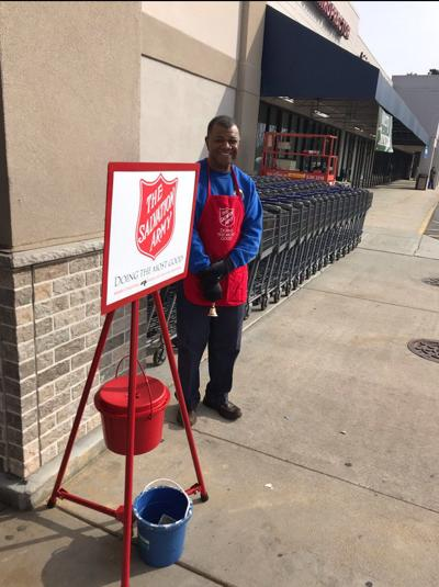 Edenton Lions Club helps Salvation Army