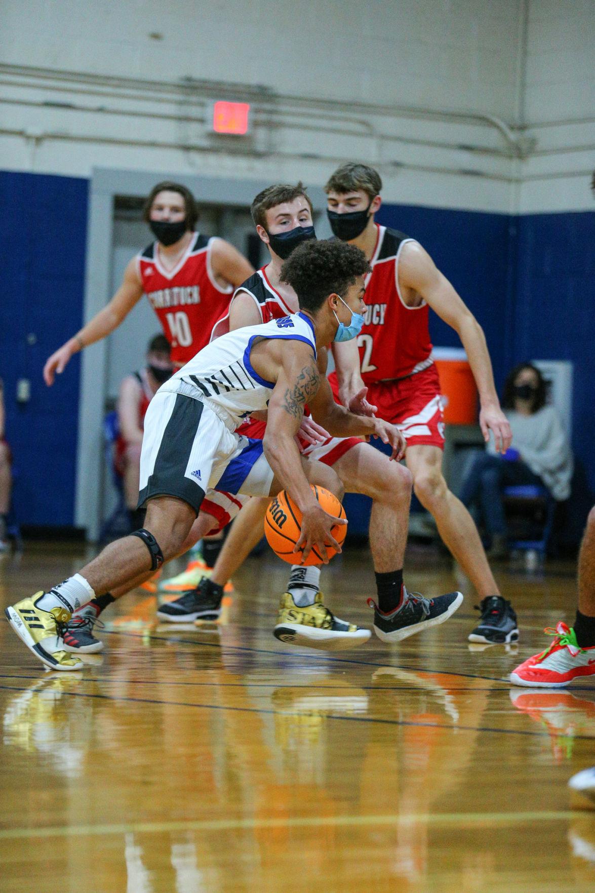 010821_eda_barnett_camden_currituck_basketball_2