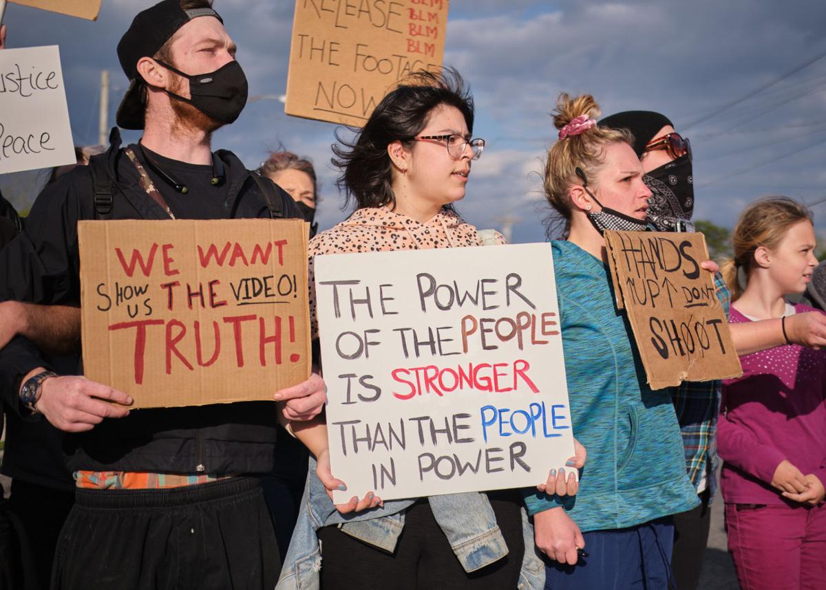 protest thursday 4