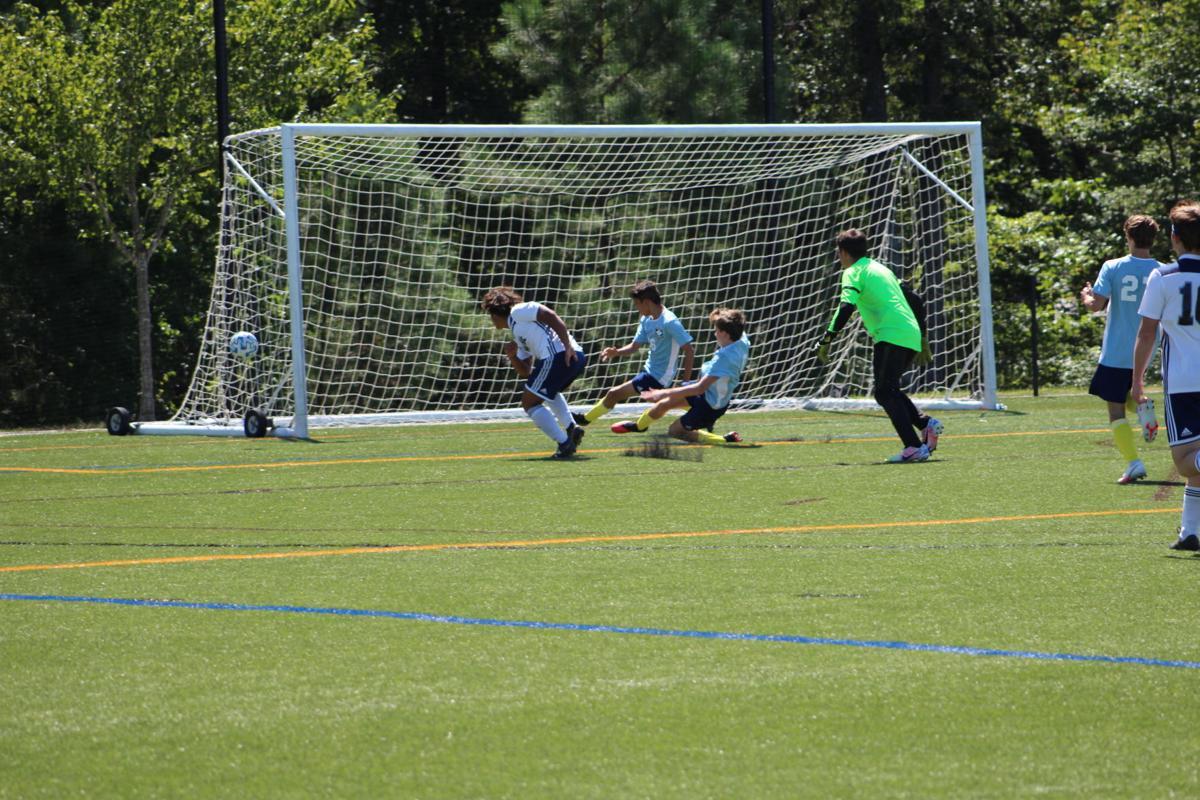 090920_eda_cusa_soccer_1.JPG