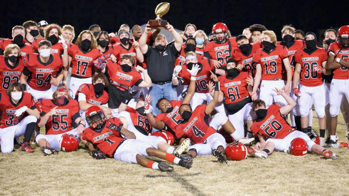 Currituck surges past Camden in Byrd Bowl | High School Football