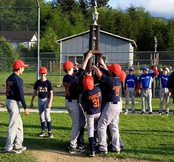 Astoria Chiefs rally for tournament championship