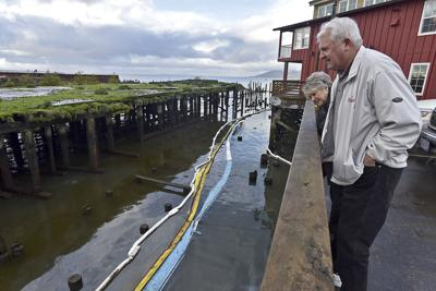 Port signs on to support Cannery Pier oil cleanup